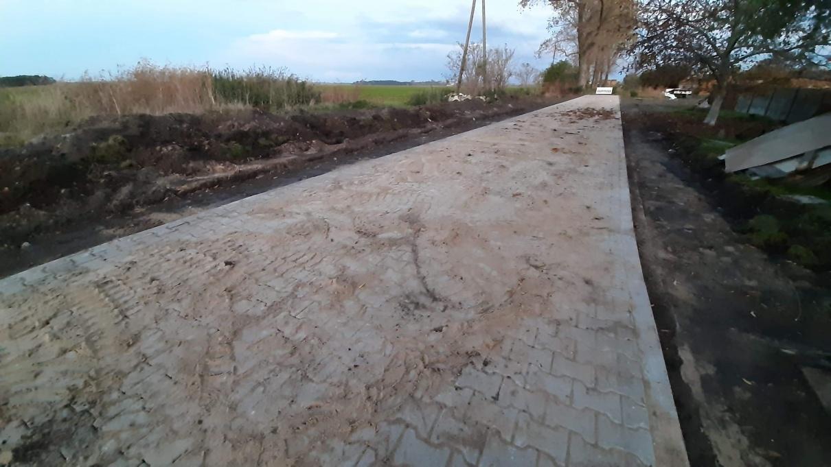 Przebudowa drogi dojazdowej do gruntów rolnych o szerokości 4 m  w miejscowości Chojno