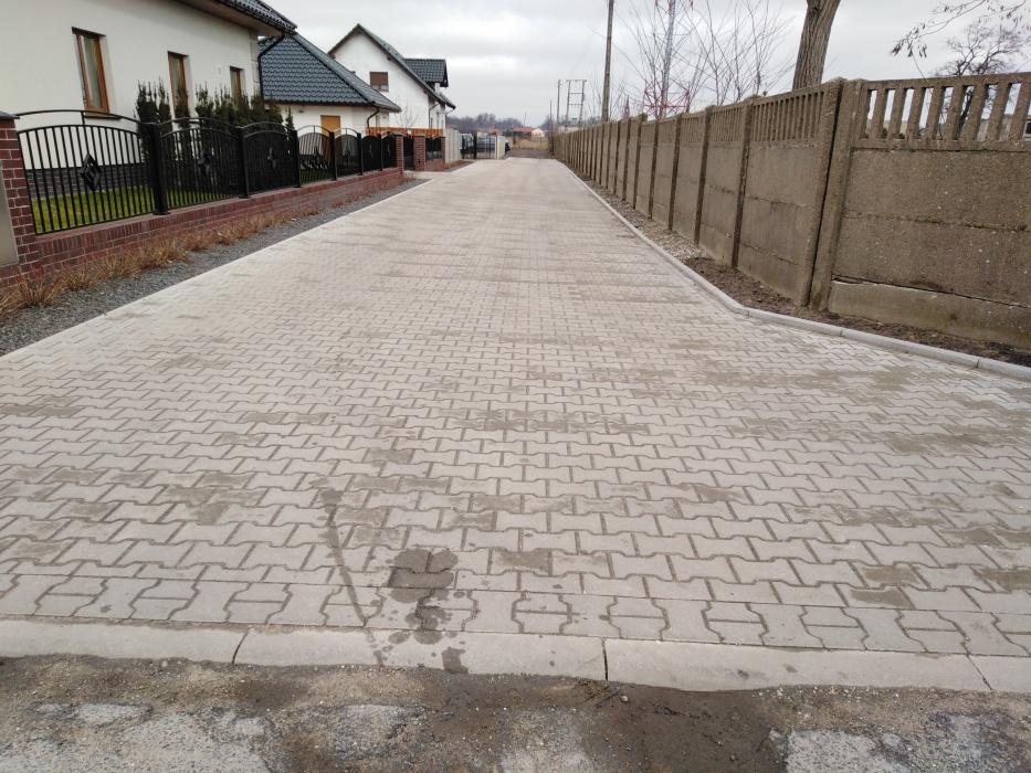Przebudowa odcinka ul. Lipowej w Pakosławiu