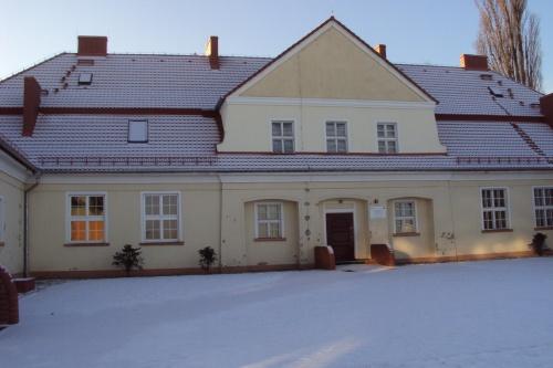 Nowy dach szkoły w Pakosławiu