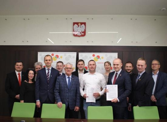 Umowa na wykonanie ścieżki rowerowej Rawicz-Osiek